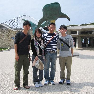 家族で水族館